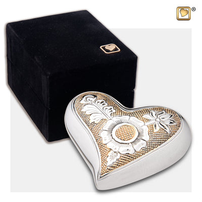 H250 HEART ORNATE FLORAL™