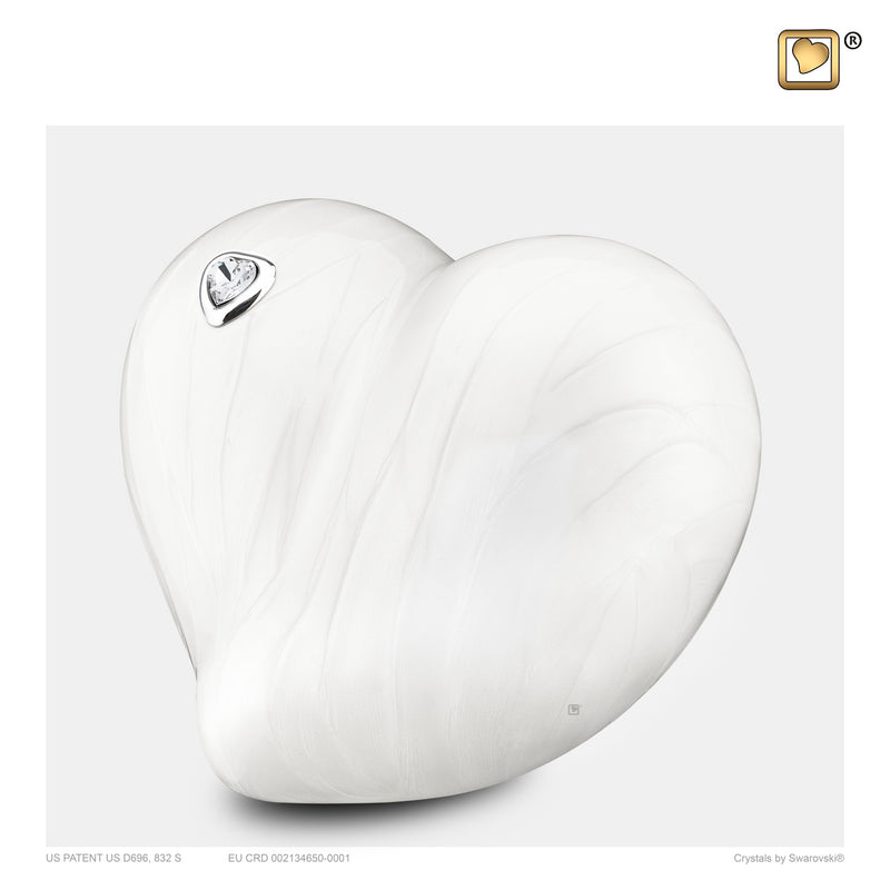 P1003 MEDIUM LOVEHEART™ PEARL
