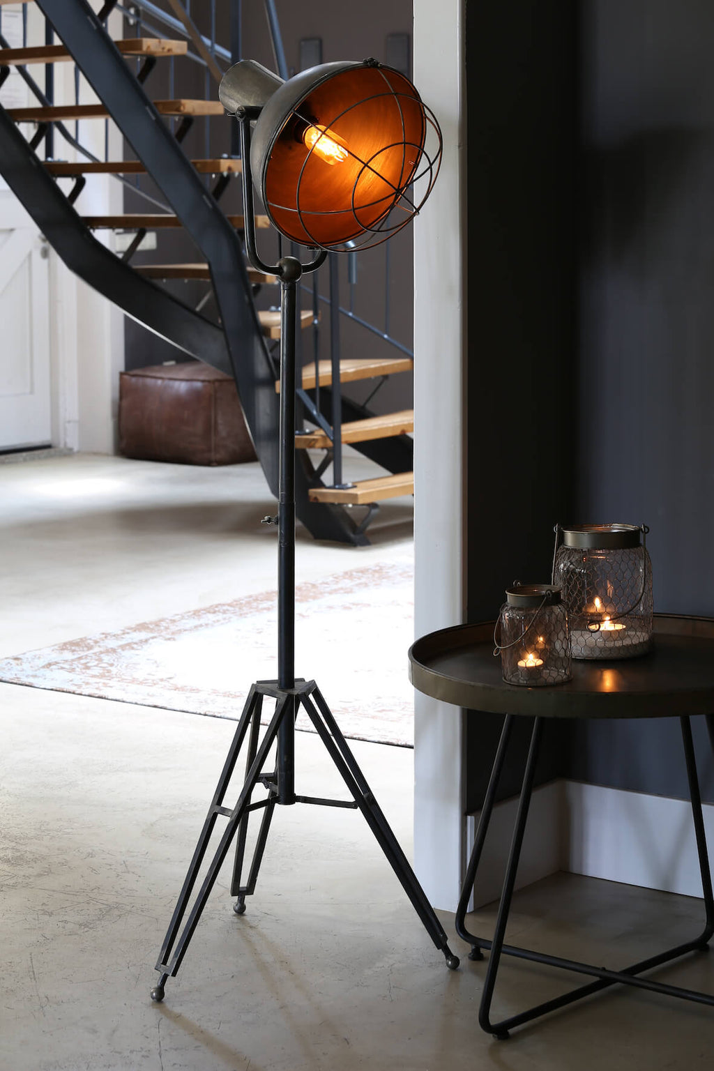 Industrial Tripod Floor Lamp - Distressed