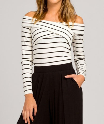 Cross Front Plunging Ribbed Casual Crop Top