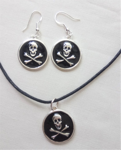 Pirate Skull & Crossbones Earrings & Necklace Set