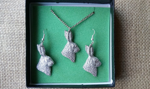 Hare Earring & Necklace Set