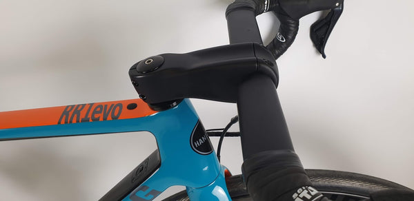 Aero Sprint carbon bar and stem