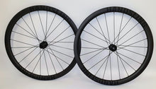 Handsling Hookless Tubeless Wheels
