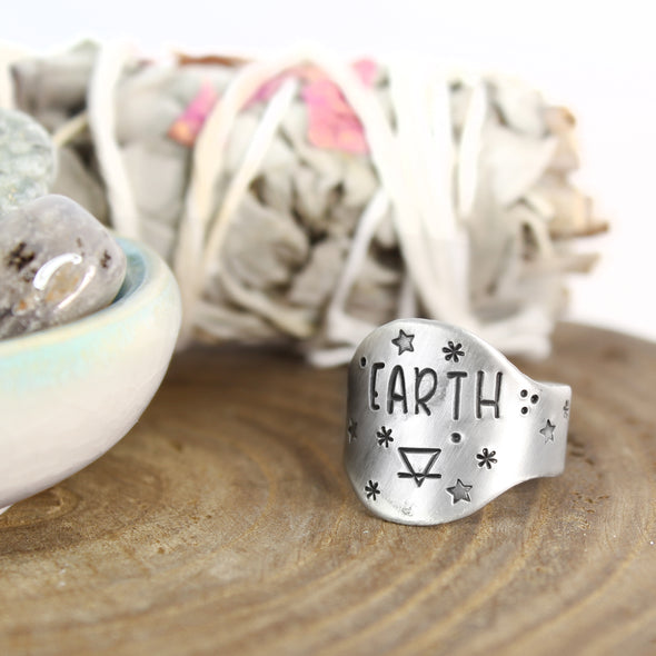 Earth Element Saddle Ring with sage and crystals
