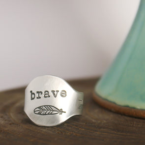 Pewter Saddle Ring Feather Brave Ring