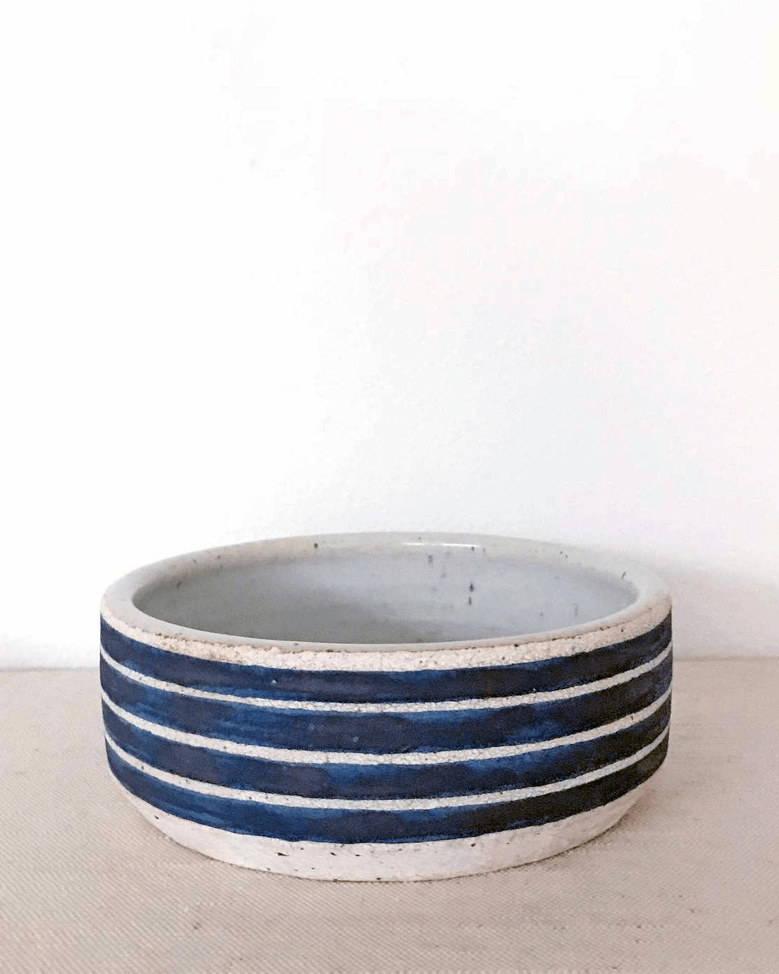MQuan Dog bowl in indigo rings