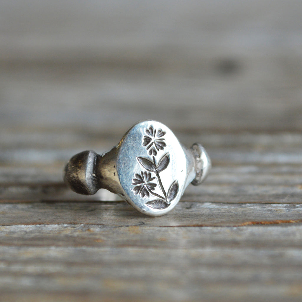 Chickweed Botanical Ring