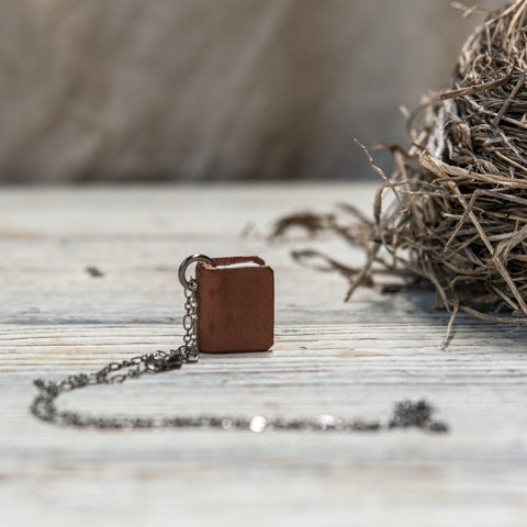 The Harper Book Necklace (brown)