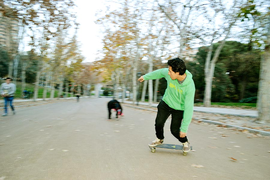 quiksilver surfskate madrid carving downhill