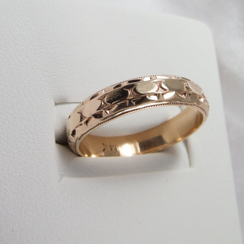 1940s Patterned Gold Band