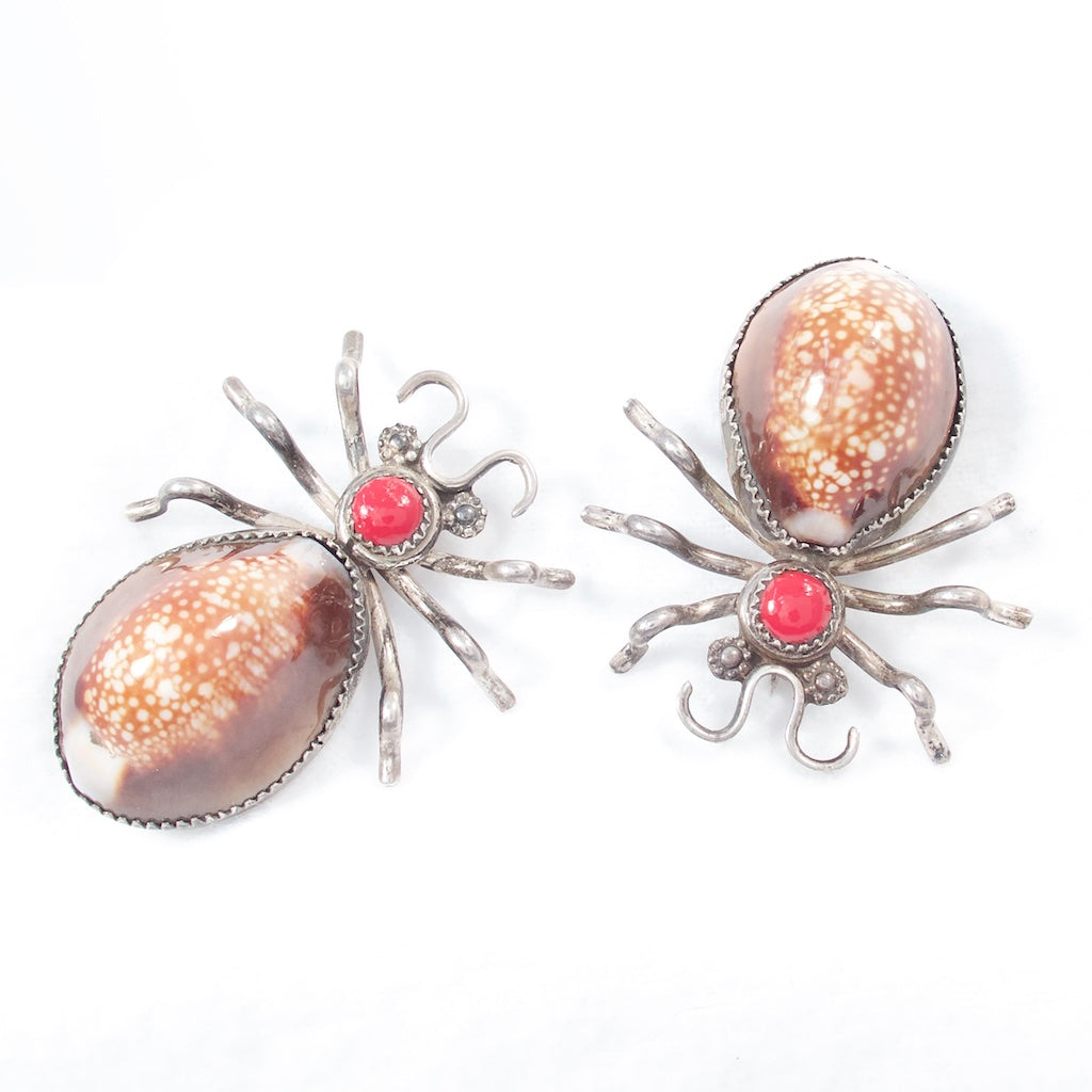 Silver Spider Cowrie Shell Brooch Set - Handmade in the Navajo style - Rhinestone Rosie