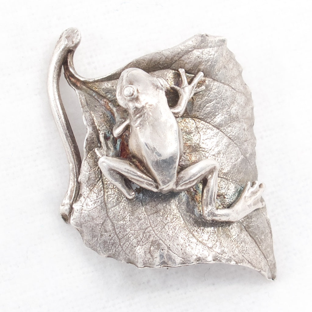 "Frog on Leaf Sterling Brooch - Hallmarked ""ada Bruno Buchinami"" ?? - ""1796"" - STER - Rhinestone Rosie"