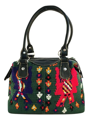 Ethical and sustainable fashion. Women Handbags made in Guatemala. Artisan Made Olivia & Elena Socially Conscious Brand