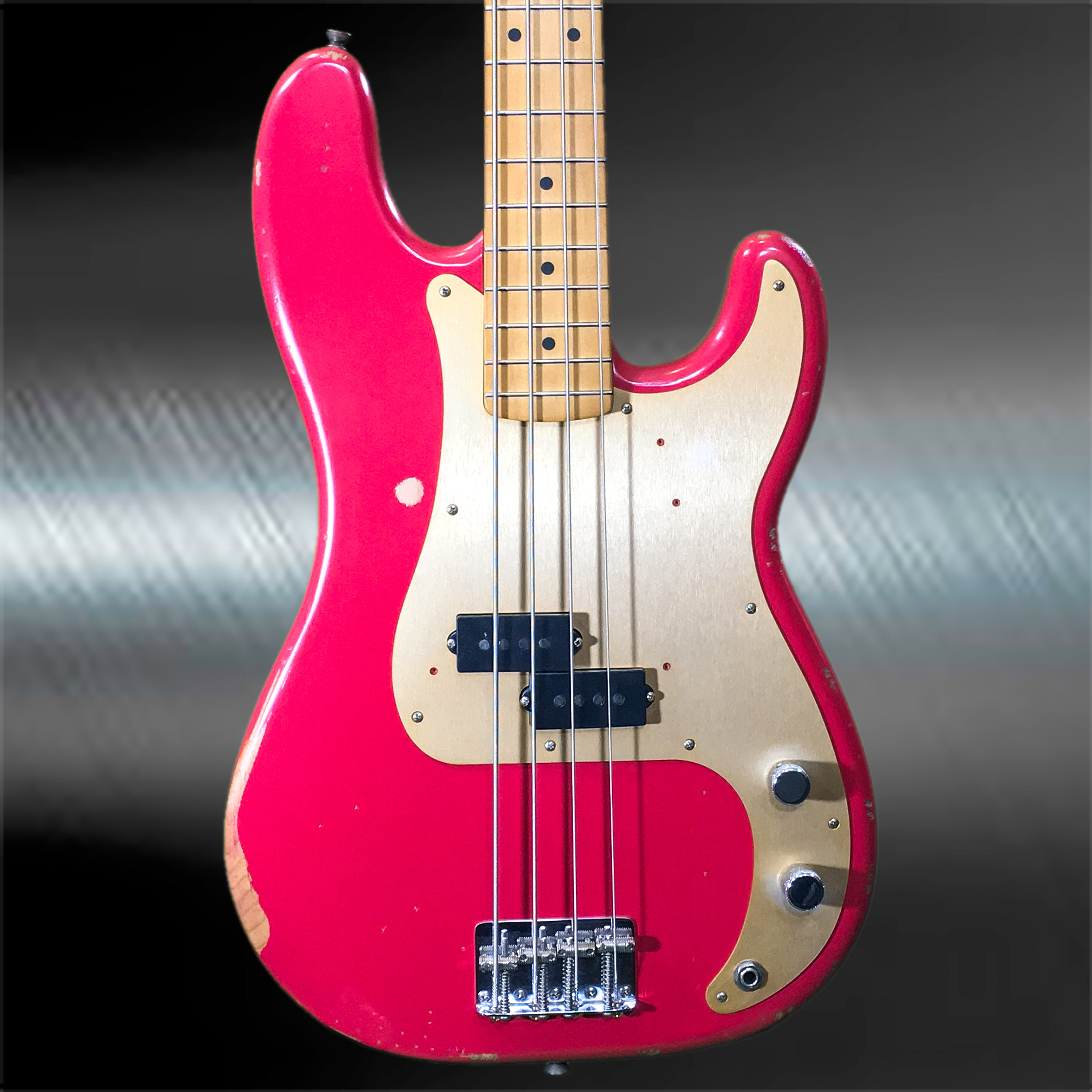 fender road worn 50 39 s precision electric bass fiesa red huber breese music. Black Bedroom Furniture Sets. Home Design Ideas