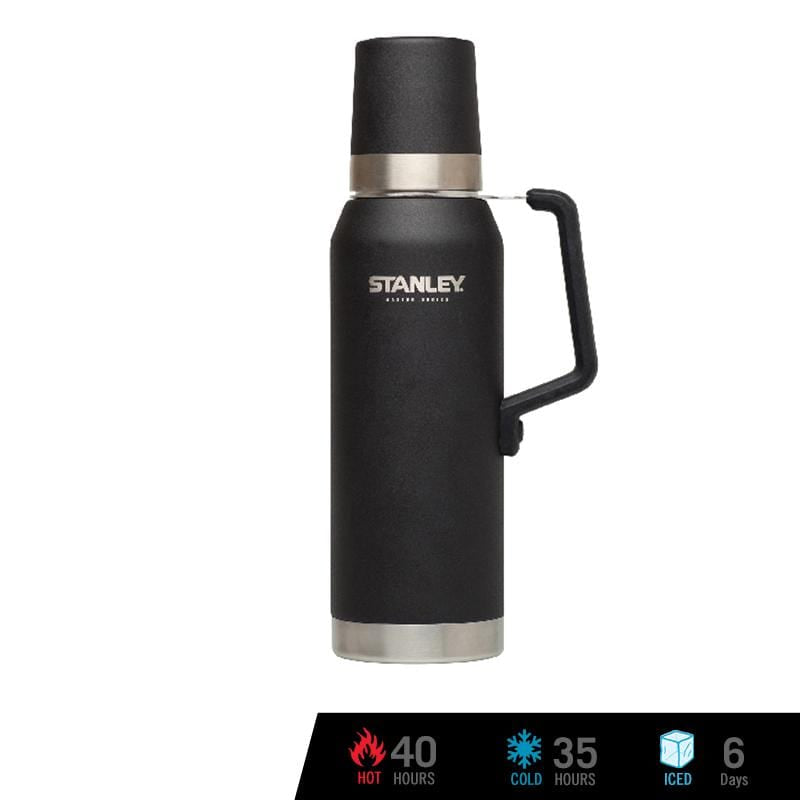 Stanley Master Vacuum Bottle 1.4 QT / 1.3L - Foundry Black