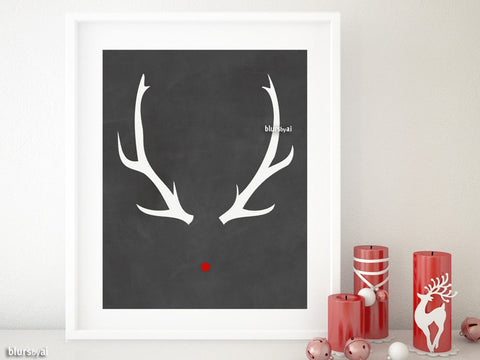 Printable Christmas decor: rudolph red nose and antlers, in chalkboard style