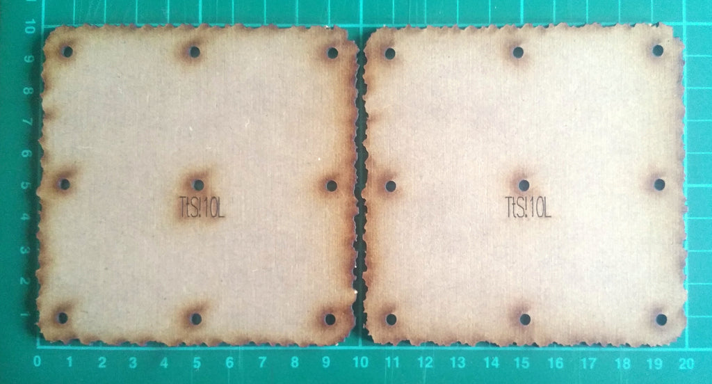 Bat Bases- 10cm grid, square base (x2)