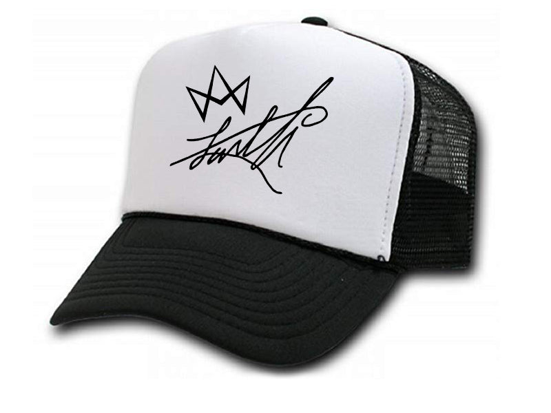 LUVELLI Signature w/ Crown Trucker Hat