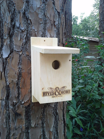 Small Pine Bird House
