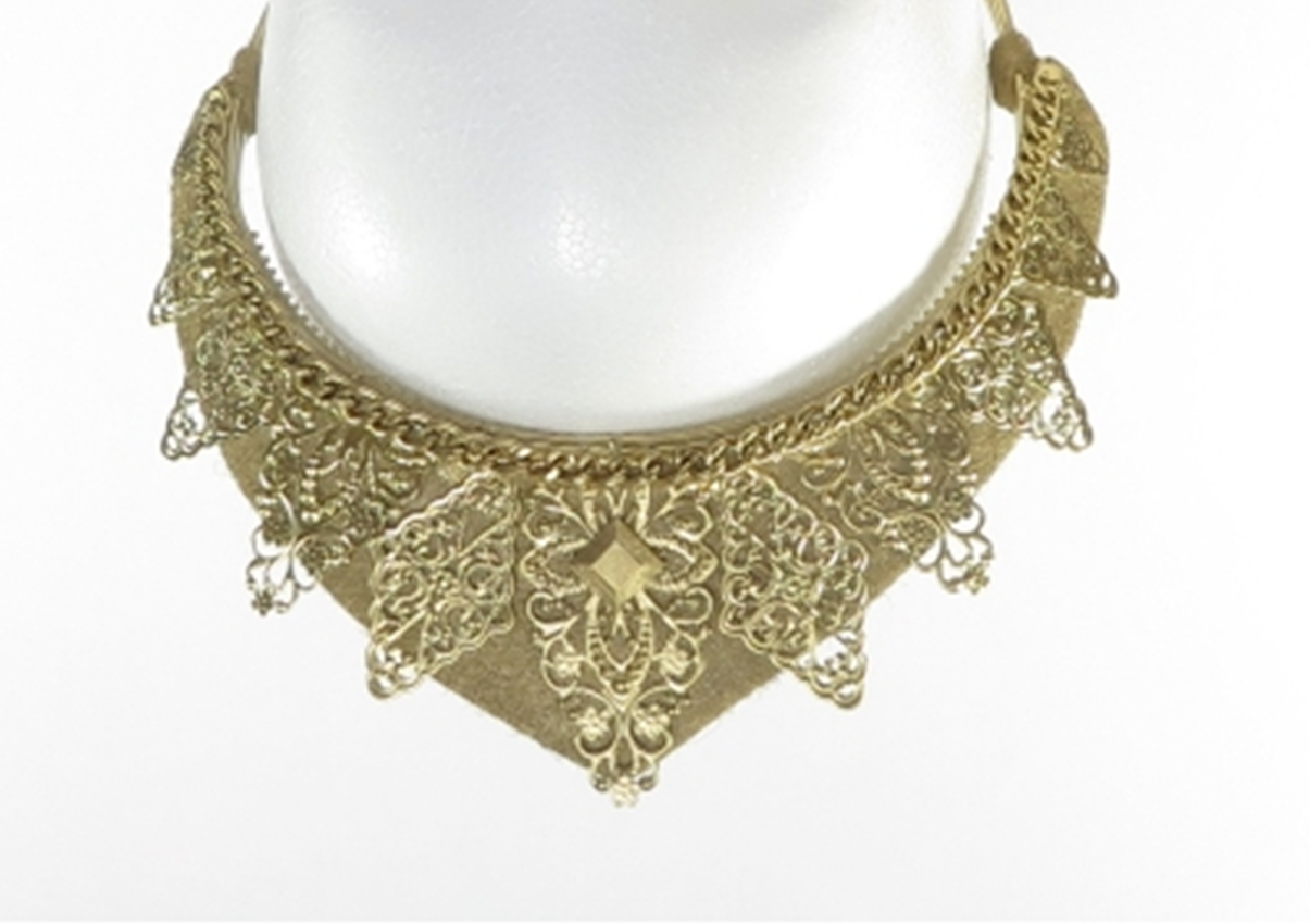 Dainty Gold Filigree