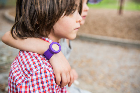 BUGLET  PURPLE Punch (kit incl. one bottle of repellent oil) - All Natural Bug Repellent Bracelet
