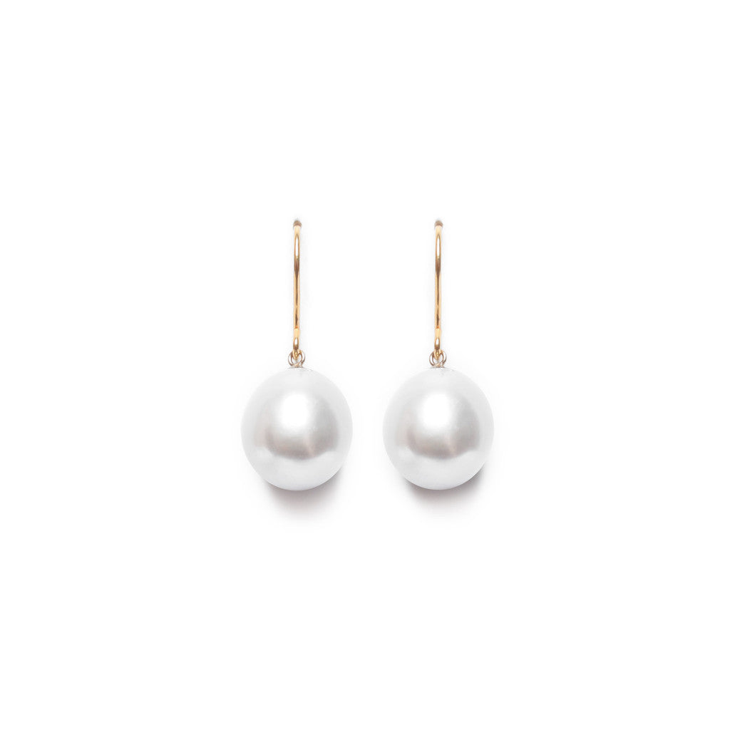 Timeless white pearl drop earrings by London based pearl jewellery designer ORA.