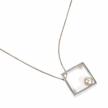 Stylish contemporary square necklace by Italian jeweller Co.Ro. Jewels.