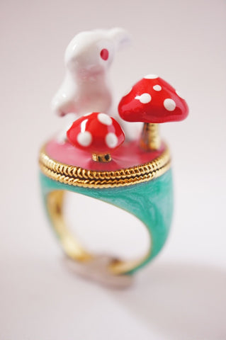 Emerald Wild Rabbit Ring by Monvatoo - Art Jewellery Store: Song of Jewellery