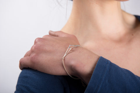 Flare Silver Linked Bracelet by Miriam Wade - Art Jewellery Store: Song of Jewellery
