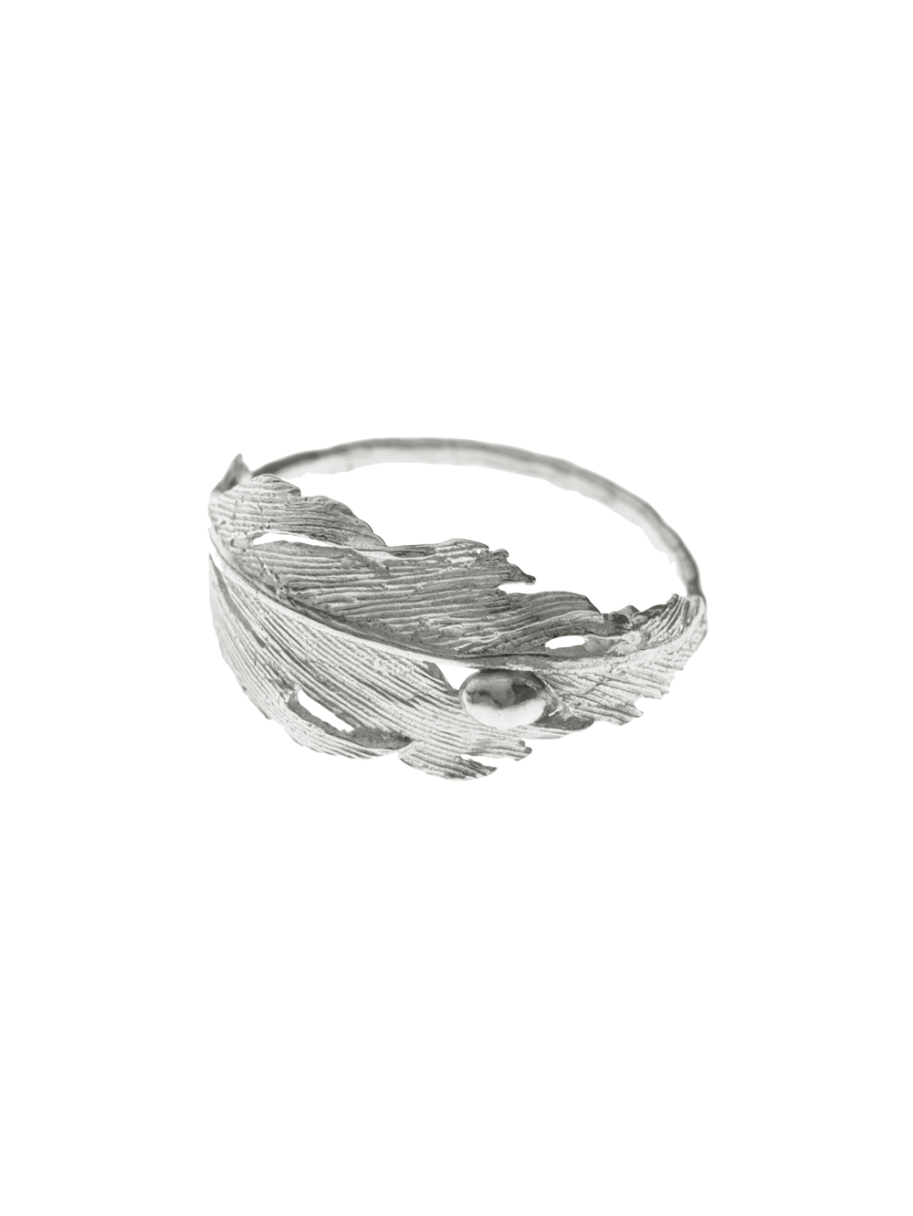 Statement falcon feather ring by Icelandic jeweller Aurum. The ring is made from 925 sterling silver