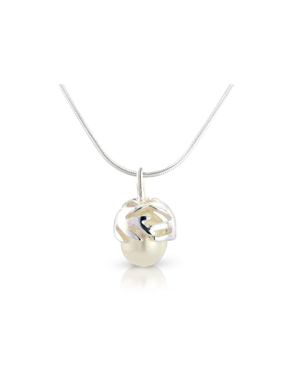 Pearl jewellery for women. SOJ.