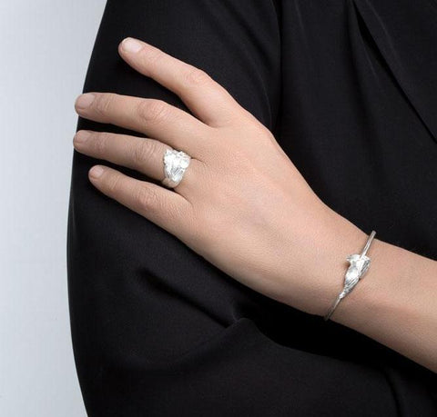 Silver Swan Bracelet by Aurum - Art Jewellery Store: Song of Jewellery