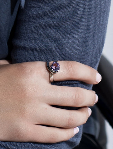 Sensual Amethyst Ring by Manja - Art Jewellery Store: Song of Jewellery