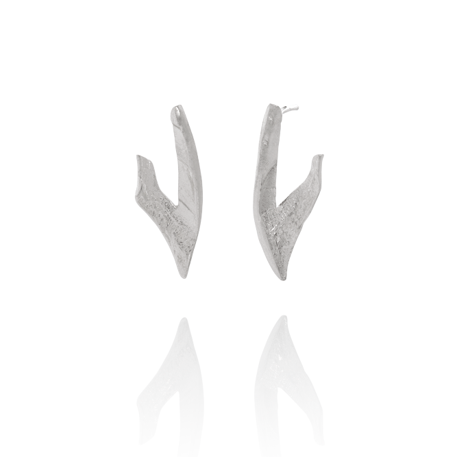 NANOOK Claw Ear Studs by Aurum - Art Jewellery Store: Song of Jewellery