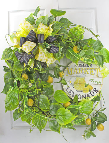 Farmer's Market Lemonade Wreath