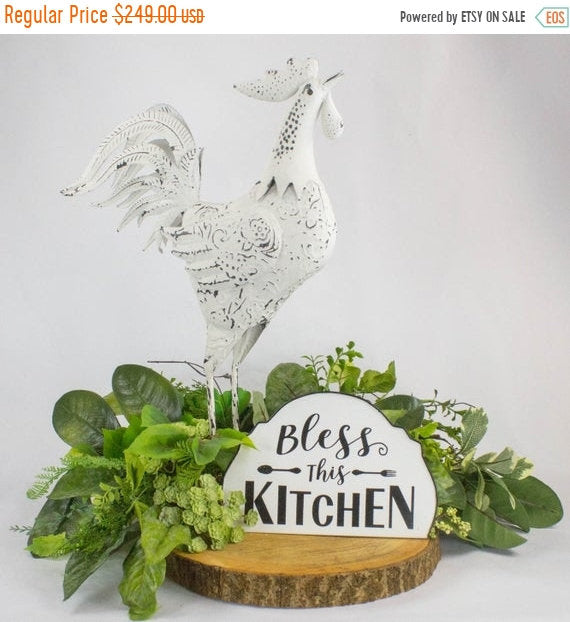 Farmhouse Rooster Arrangement