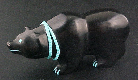 Eddington Hannaweeke Black Bear Fetish Zuni Indian Stone Animal Carving