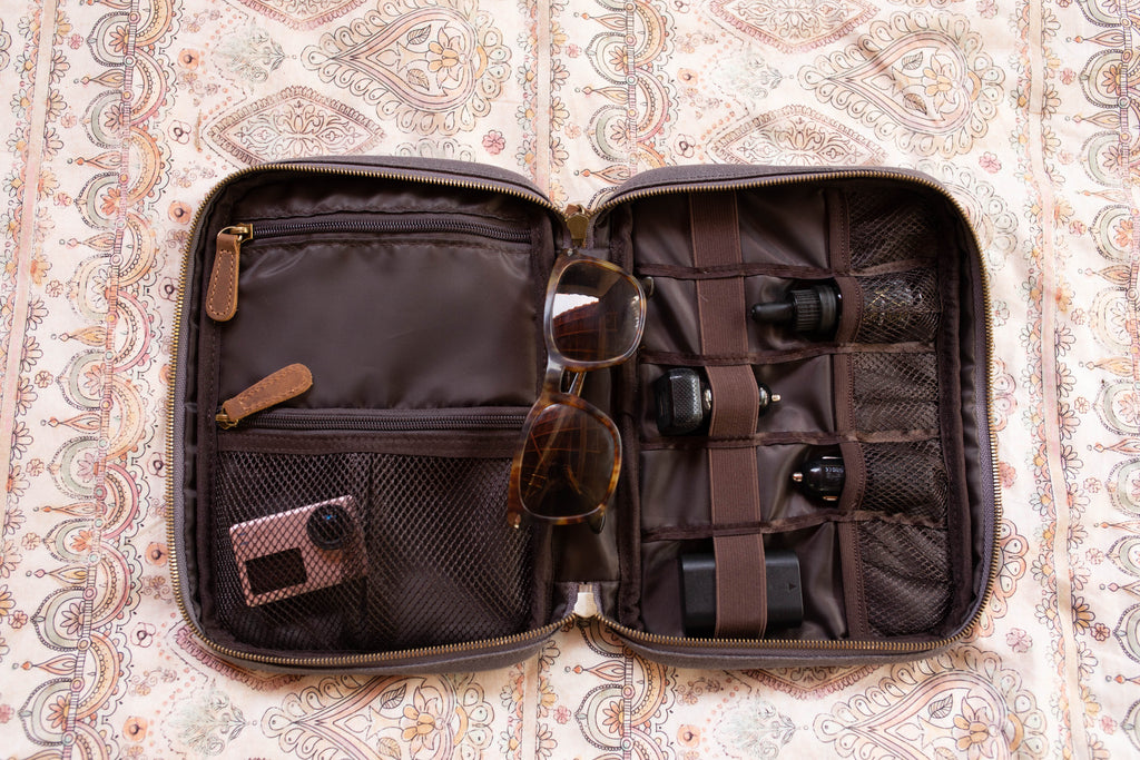Slim Organization Case- Willow Root