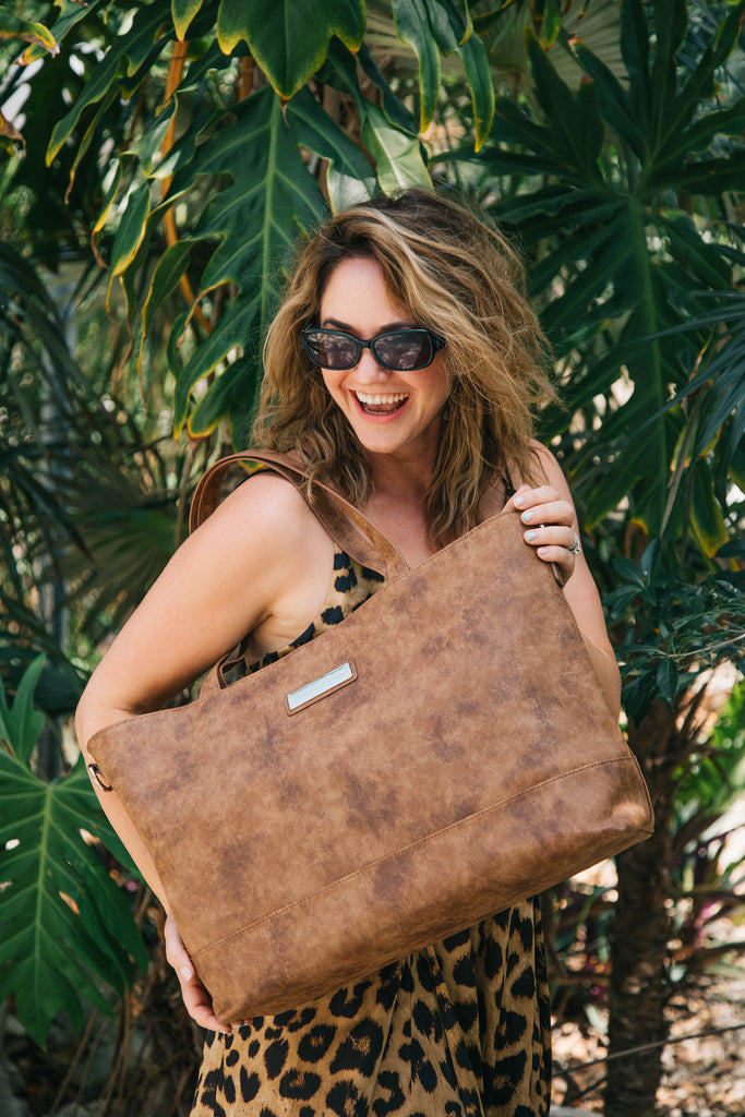 Autumn Cinnamon-The Roam and Rise Carryall