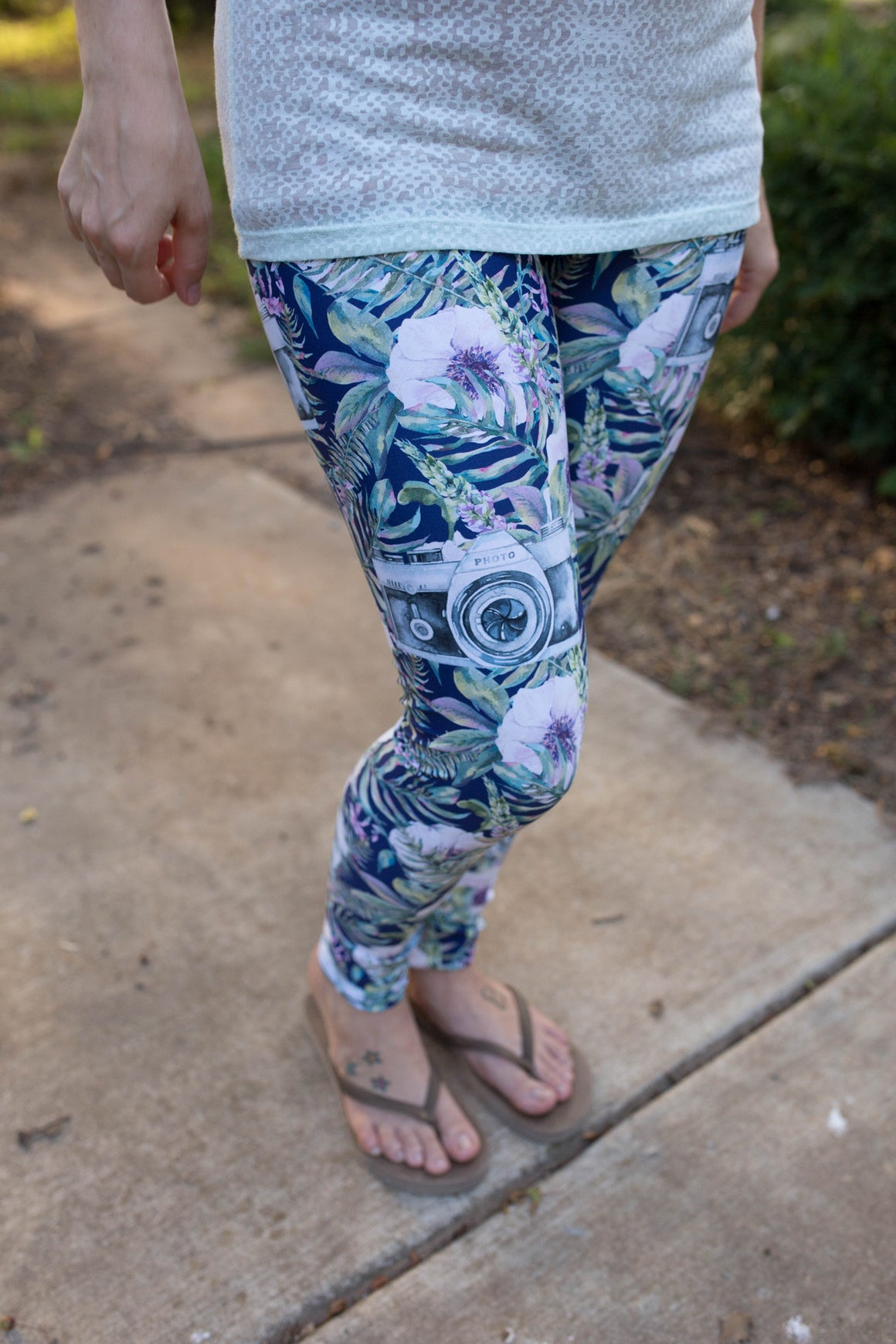 Women's Leggings- Tropical Camera