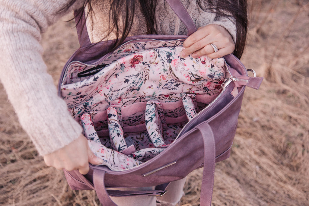 Roam and Rise Carryall -Lush Lavender