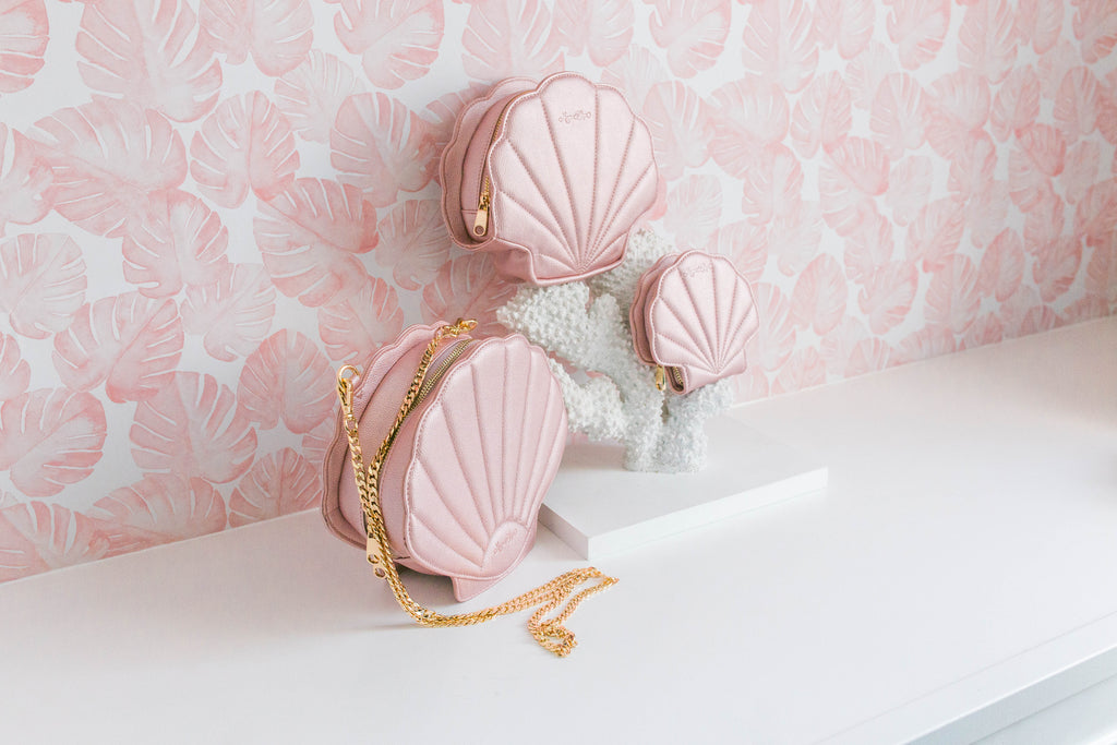 CLEARANCE- Pink Shell Card Wallet