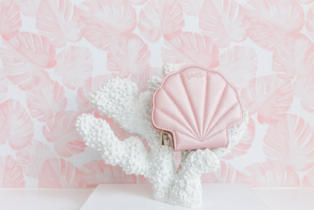 Pink Shell Keychain Cosmetic Mirror