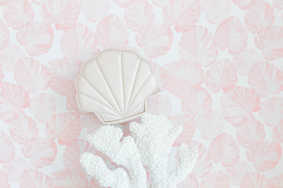 PRESALE- NEW! Pearl Shell Cosmetic Bag