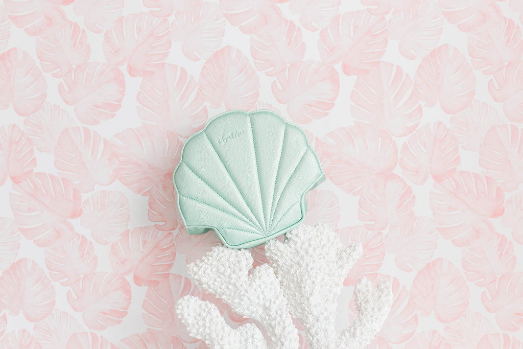 Seafoam Shell Card Wallet