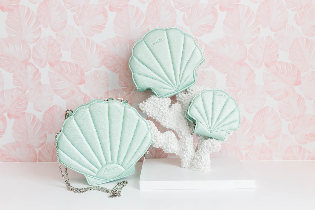CLEARANCE- Seafoam Shell Purse