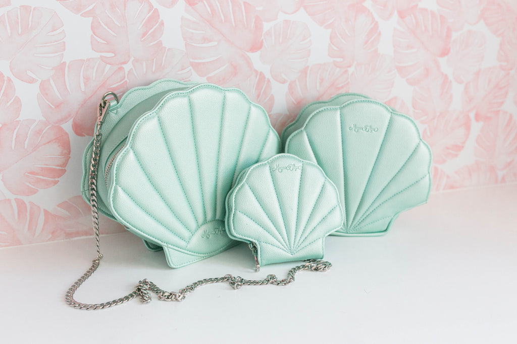 Seafoam Shell Purse