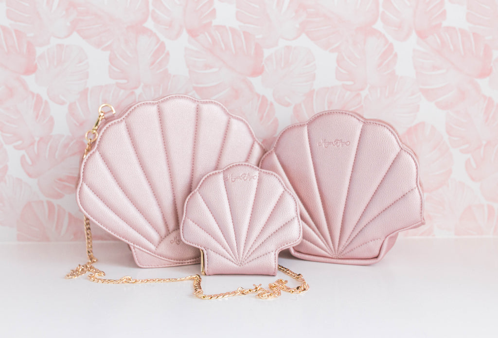 CLEARANCE- Pink Shell Purse