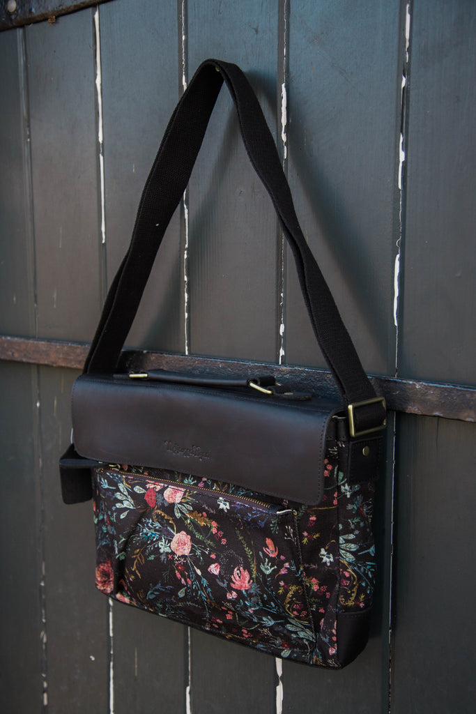 Black Fable Satchel Purse